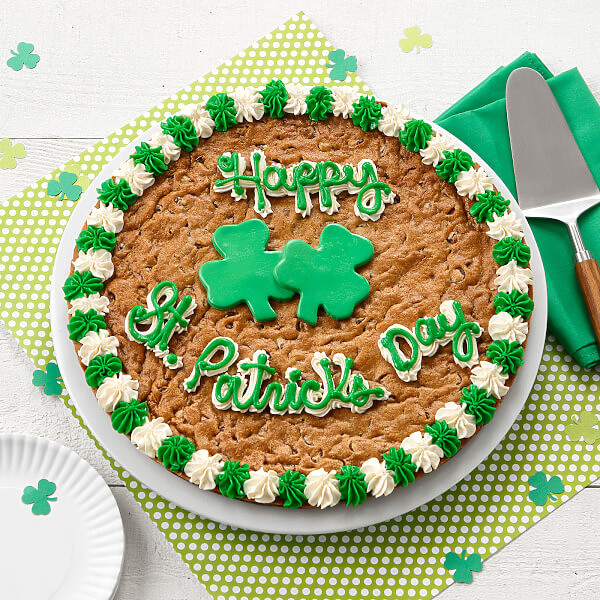 Admirable Happy St Patricks Day Big Cookie Cake Mrs Fields Personalised Birthday Cards Veneteletsinfo