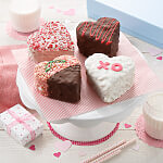 Rice Krispie Heart Gift Box - 4 count