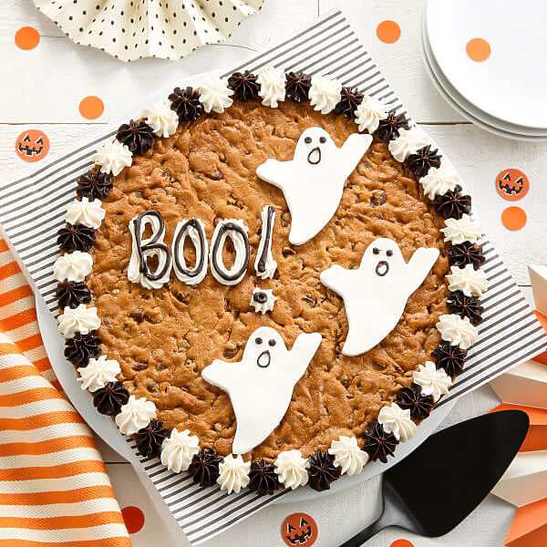 Say Boo Cookie Cake